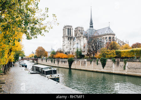 Paris (France) - Walking along the river Seine in a winter day - Stock Photo