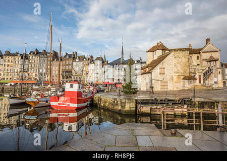 Honfleur (Normandy, northern France), along the coastal area 'cote de Grace'. 'Vieux Bassin' (Old Dock) and Quay of Sainte-Catherine. On the right, th - Stock Photo