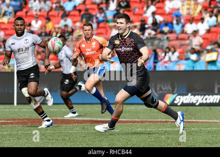 Spotless Stadium, Sydney, Australia. 2nd Feb, 2019. HSBC Sydney Rugby Sevens; England versus Fiji; Charlton Kerr of England passes the ball Credit: Action Plus Sports/Alamy Live News - Stock Photo