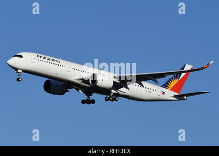AIRBUS A350-900 RP-C3504 OF PHILIPPINES AIRLINES. - Stock Photo