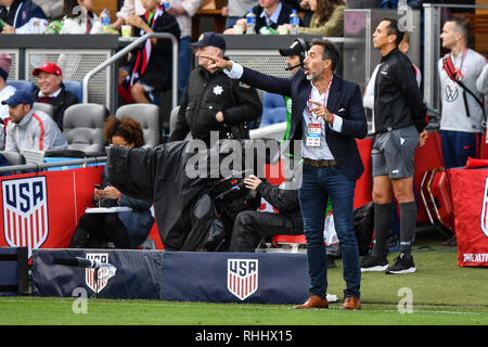 San Jose, California, USA. 2nd Feb, 2019. Costa Rica head coach Gustavo Matosas (hc) gives direction to his team during the international friendly soccer match between Costa Rica and the United States at Avaya Stadium in San Jose, California. Chris Brown/CSM/Alamy Live News - Stock Photo