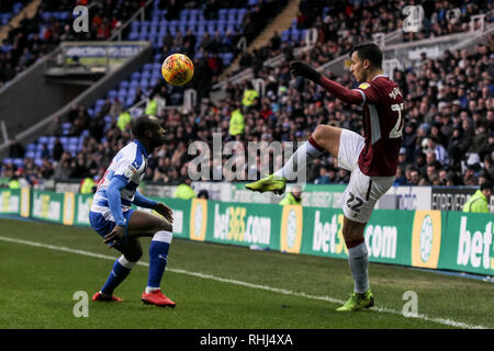 Reading, UK. 2nd Feb 2019. Anwar El Ghazi of Aston Villa crosses ahead of Sone Aluko of Reading FC during the EFL Sky Bet Championship match between Reading and Aston Villa at the Madejski Stadium, Reading, England on 2 February 2019. Photo by Ken Sparks.  Editorial use only, license required for commercial use. No use in betting, games or a single club/league/player publications. Credit: UK Sports Pics Ltd/Alamy Live News - Stock Photo