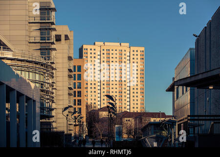 Glasgow City Council Tower block in the Townhead area of the city. - Stock Photo