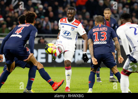 Lyon, France. 3rd Feb, 2019. Tanguy Ndombele of Lyon (4th R) competes during the match of French Ligue 1 2018-19 season 23rd round match between Lyon and Paris Saint-Germain in Lyon, France, Feb. 3, 2019. Lyon won 2-1. Credit: Franck Pinaro/Xinhua/Alamy Live News - Stock Photo