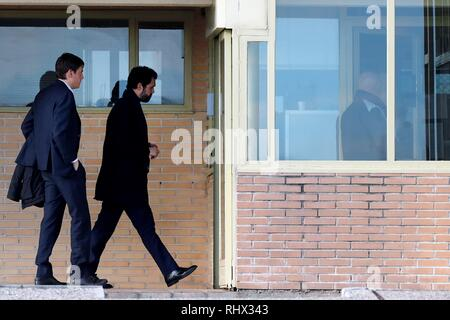 Speaker of the Catalan regional Parliament Roger Torrent (C) arrives at the Soto del Real prison in Madrid, Spain, 04 February 2019. A total of nine Catalan pro-independence suspects were moved to Madrid last week to attend their trial beginning on 12 February. EFE/ Juan Carlos Hidalgo - Stock Photo
