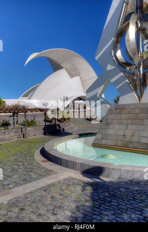 Auditorio de Tenerife, Konzertsaal von Stararchitekt Santiago Calatrava im Avantgarde Stil, Santa Cruz, Teneriffa, Kanarische Inseln, Spanien - Stock Photo