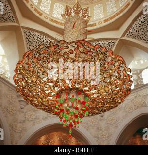Abu Dhabi, Scheich-Zayid-Moschee - Stock Photo