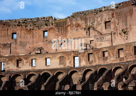 Europa, Italien, Latium, Rom, Architekturdetail im Kolosseum (Nordwand) - Stock Photo