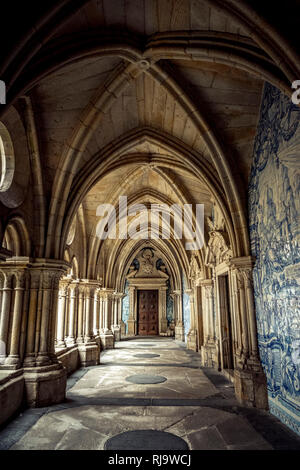 Europa, Portugal, Porto, Altstadt, Kathedrale, Se do Porto, Festung - Stock Photo