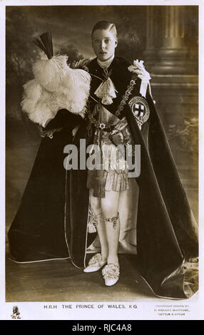 Edward, HRH Prince of Wales (later King Edward VIII 1894-1972) wearing the Robes of the Garter. Taken at Windsor Castle by David Knights Whittome on June 10th 1911 after the Investiture. Below the left knee is the Garter with the inscription, Honi-soit-qui-mal-y-pense in choice diamonds, which formerly belonged to the late Duke of Cambridge and bequeathed by him to Prince Edward. The Tudor hat contains the plumes of the Prince of Wales. - Stock Photo