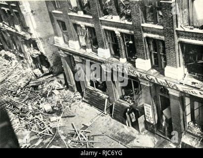 Aerial view of wartime bomb damage in Old Street, London, near the Bovril factory. Seen here are the premises of Sumerling & Co Ltd, with debris scattered on the pavement. - Stock Photo