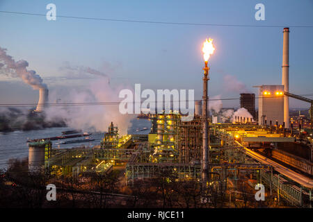 Steel location Duisburg Hamborn, coking plant Schwelgern ThyssenKrupp Steel, right blast furnaces, rear left, cooling tower of the coal power plant Du - Stock Photo