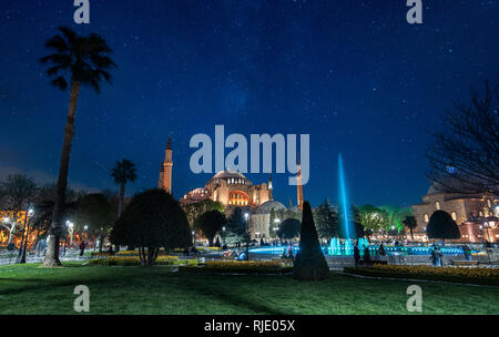Hagia Sophia (Ayasofya), a former Orthodox patriarchal basilica, later a mosque and now a museum and the fountain front at night in Istanbul, Turkey - Stock Photo