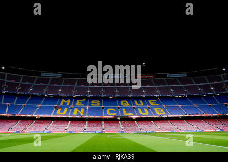 Camp Nou, Barcelona, Spain. 6th Feb, 2019. Copa del Rey football semi final, 1st leg, Barcelona versus Real Madrid; View of the Camp Nou Stadium one hour before start the match against Real Madrid Credit: Action Plus Sports/Alamy Live News - Stock Photo