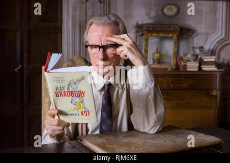 THE BOOKSHOP (2017)  BILL NIGHY  ISABEL COIXET (DIR)  GREENWICH ENTERTAINMENT/MOVIESTORE COLLECTION LTD - Stock Photo