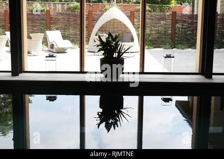 The new Hatherley Manor Hotel Spa  Picture by Antony Thompson - Thousand Word Media, NO SALES, NO SYNDICATION. Contact for more information mob: 07775 - Stock Photo