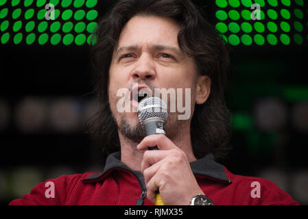 Mike Galsworthy, co-founder of Scientists4EU and Healthier IN and visiting researcher at the London School of Hygiene and Tropical Medicine, speaks at - Stock Photo