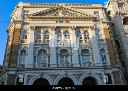 Colonial-era HSBC Bank building near Horniman Circle, Fort, Mumbai, India - Stock Photo