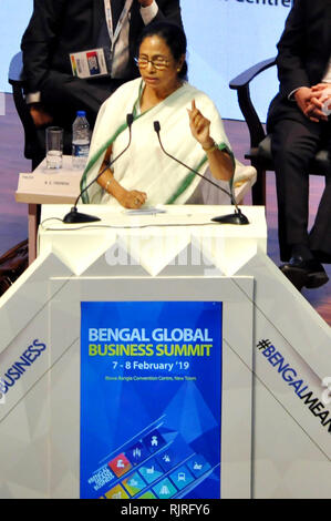 West Bengal Chief Minster Mamata Banerjee addresses during the inauguration of Bengal Global Business Summit 2019 at New Town. (Photo by Saikat Paul/Pacific Press) - Stock Photo