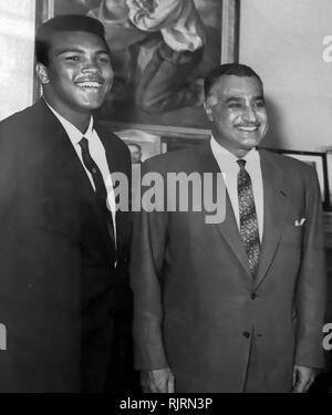 Muhammad Ali meets President Gamal Abdul Nasser of Egypt, 1964. Muhammad Ali,(1942 - 2016). Ali was an American professional boxer and activist; He is widely regarded as one of the most significant and celebrated sports figures of the 20th century. - Stock Photo