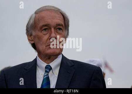 Senator Ed Markey, Democrat of Massachusetts, speaks during a press conference to announce the 'Green New Deal' held at the United States Capitol in Washington, DC on February 7, 2019. Credit: Alex Edelman/CNP   usage worldwide - Stock Photo