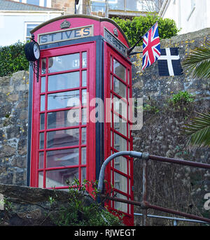 St. Ives & Starling murmuration, Cornwall, 030117 - Stock Photo