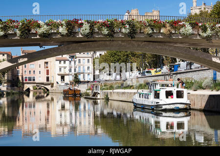 Picturesque bridge over the canal de la Robine in Narbonne, France - Stock Photo