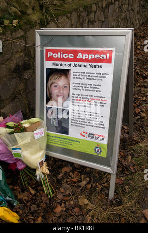 Joanna Yeates murder in Clifton, Bristol, UK in 2010.   The site where the body was found, with a photograph left with flowers and an inscription on - Stock Photo