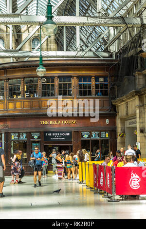 Glasgow Central, public concourse at Glasgow Central Station in Glasgow, UK - Stock Photo