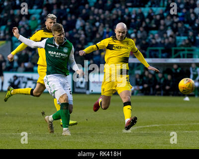 Easter Road, Edinburgh, UK. 9th Feb, 2019. Scottish Cup football fifth round, Hibernian versus Raith Rovers; Florian Kamberi of Hibernian takes a shot at goal Credit: Action Plus Sports/Alamy Live News - Stock Photo