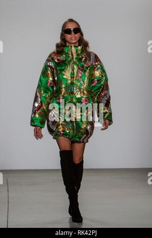 New York, United States. 09th Feb, 2019. A model presents creations of the Fall-Winter 2019 collection by Spanish designer Custo Barcelona during a fashion show at New York Fashion Week, in New York, USA, 09 February 2019. Credit: Miguel Rajmil/EFE/Alamy Live News - Stock Photo