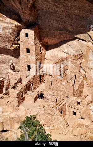 Square Tower House, Cliff dwellings in Mesa-Verde-National Park, UNESCO world heritage site, Colorado, USA, North America - Stock Photo