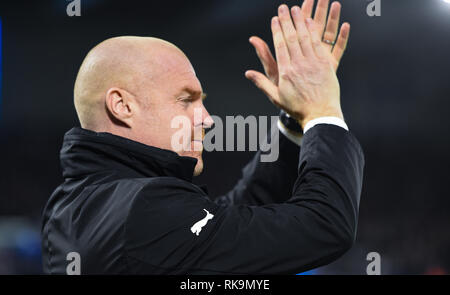 Burnley manager Sean Dyche during the Premier League match between Brighton & Hove Albion and Burnley at the American Express Community Stadium . 09 February 2019 Editorial use only. No merchandising. For Football images FA and Premier League restrictions apply inc. no internet/mobile usage without FAPL license - for details contact Football Dataco - Stock Photo