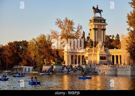 Monumento a Alfonso XII, Estanque Grande del retiro, Parque del Retiro, Madrid, Spain, Europe - Stock Photo