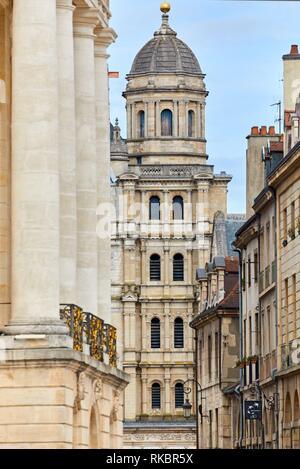 Saint-Michel church, Place de la Liberation, Dijon, Côte d´Or, Burgundy Region, Bourgogne, France, Europe - Stock Photo