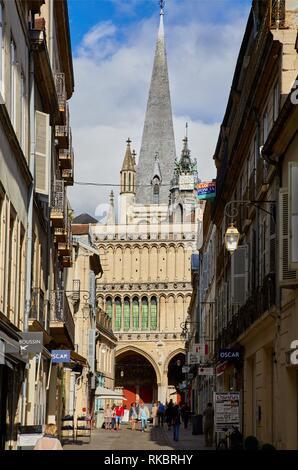 Notre-Dame church, Rue Musette, Dijon, Côte d´Or, Burgundy Region, Bourgogne, France, Europe - Stock Photo