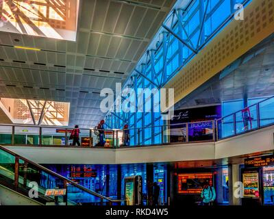 France, Nouvelle aquitaine, Gironde. Interior of the Bordeaux Merignac International Airport. - Stock Photo