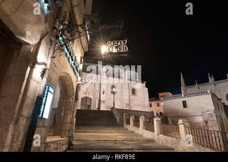 Night view of Burgos medieval downtawn cityscape in Burgos, Castilla y Leon, Spain. - Stock Photo