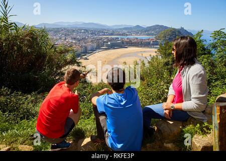 Group of tourists and guide making a tour, Mirador del Monte Ulia, Donostia, San Sebastian, Gipuzkoa, Basque Country, Spain, Europe - Stock Photo