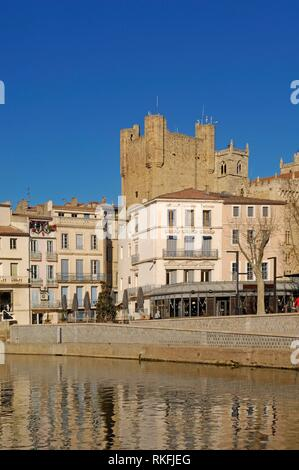 Canal de la Robine in Narbonne, Languedoc-Roussillon - France. - Stock Photo
