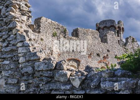 Ogrodzieniec Castle in Podzamcze village, part of the Eagles Nests castle system in Silesian Voivodeship of southern Poland. - Stock Photo