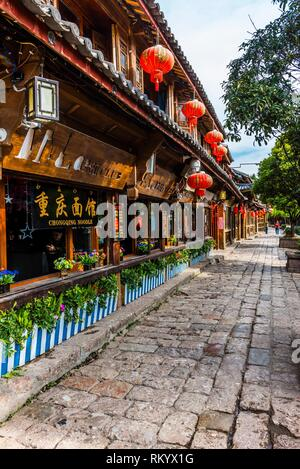 Wooden buildings in the Old Town (Dayan) of Lijiang, Yunnan Province, China. The Old Town is a UNESCO World Heritage Site. - Stock Photo