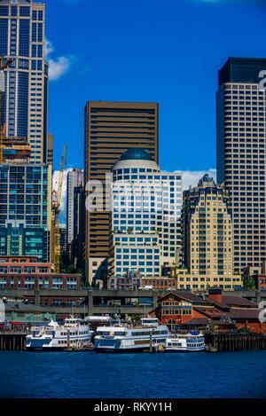 Downtown Seattle waterfront, Washington State USA. - Stock Photo