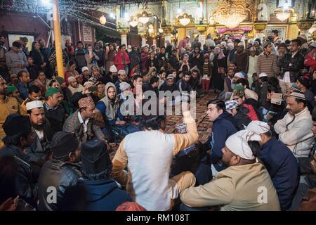 Quawwali at Nizamuddin Dargah, the Sufi saints mausoleum, Old Delhi, India. - Stock Photo