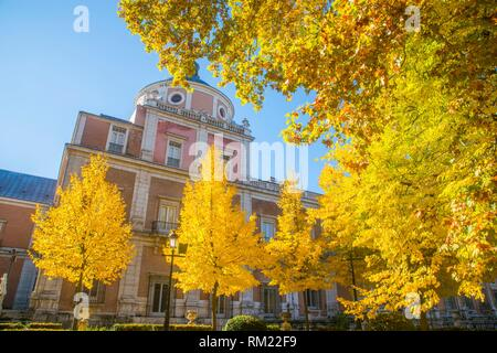 Royal Palace and La Isla gardens in Autumn. Aranjuez, Madrid province, Spain. - Stock Photo