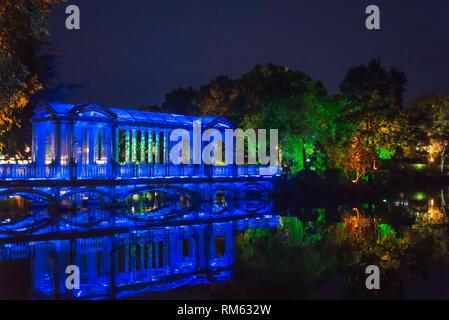 Glass bridge on the Banyan Lake, Guilin, Guangxi province, China - Stock Photo
