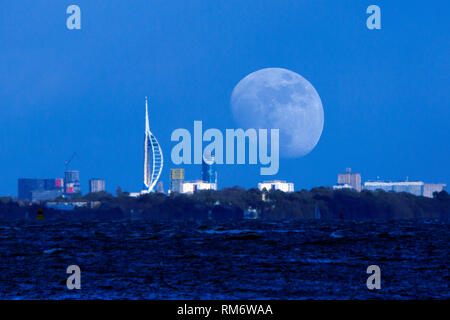 Moon, rise, Spinaker Tower, Portsmouth, The Solent, from, Cowes, Isle of Wight, England, UK, - Stock Photo