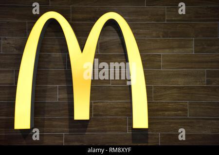 Burger fast food icon. Business concept hamburger symbol ...