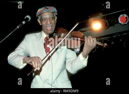 Violinist Papa John Creach of the Jefferson Airplane is shown performing on stage during a 'live'concert appearance. - Stock Photo