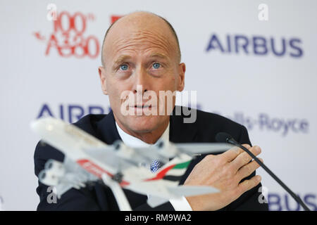 Hamburg, Germany. 3rd Nov, 2017. Head of Airbus Thomas Enders speaks during a press conference at the airbus factories in Hamburg, Germany, 3 November 2017. An official ceremony will see the 100th airbus A380 delivered to the airline Emirates from Dubai. Emirates is one of the largest clients for the Airbus A380. Credit: Christian Charisius/dpa | usage worldwide/dpa/Alamy Live News - Stock Photo